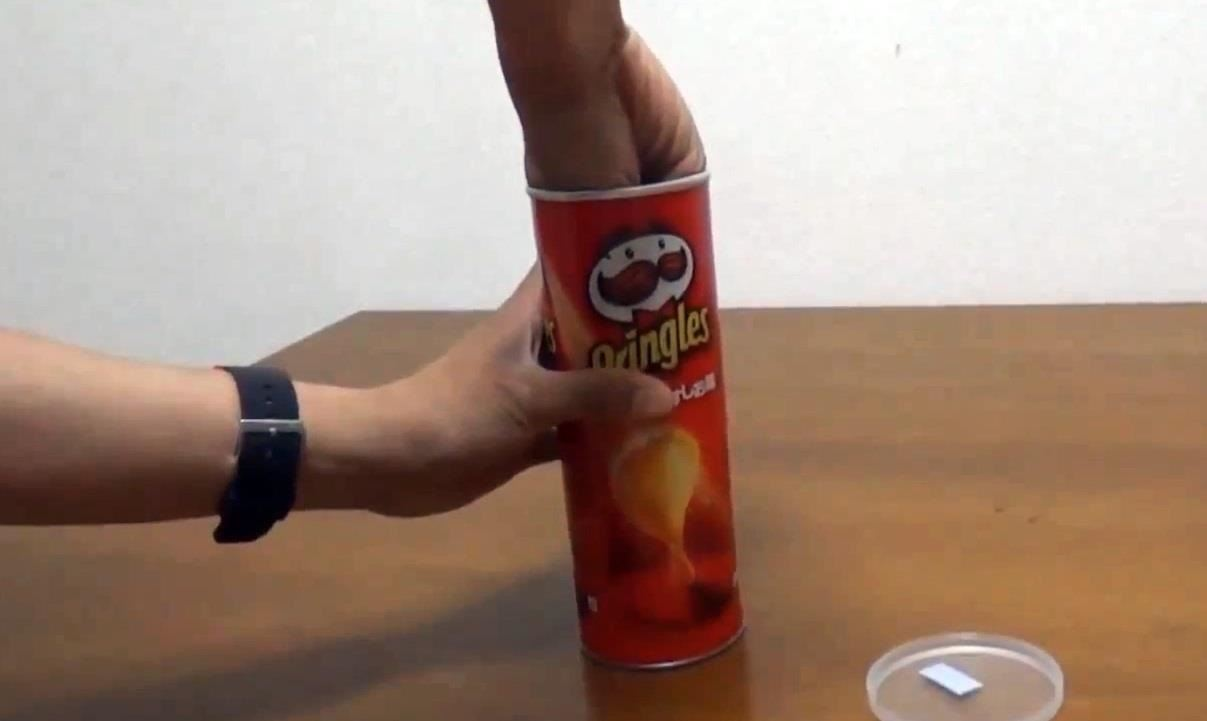The Dead-Simple Trick to Getting Chips Out of a Pringles Can—Fast & Mess-Free